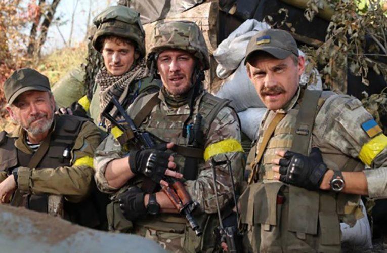 """""""Наші котики"""": з'явився новий трейлер патріотичної комедії про військових на Донбасі"""