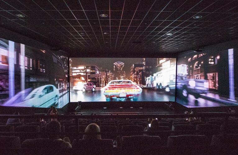 Multiplex открыл первый в Киеве кинотеатр с технологией ScreenX (фотообзор)