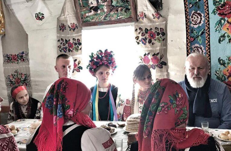 Пошук самобутності через фольклор: Катя Chilly представляє Україну в фільмі «Код предків»