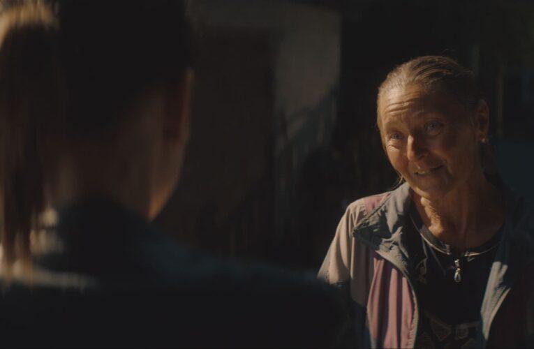 """""""Я збила вашу курку"""": вийшов офіційний трейлер фільму «Погані дороги»"""