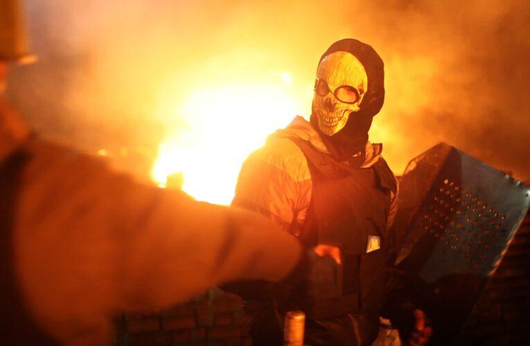 """""""Все палає"""": фільм """"All things ablaze""""про Революцію Гідності виклали онлайн"""